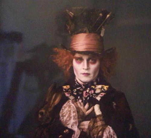 Alice In Wonderland - Tim Burton 5uikc8-custom--836b91