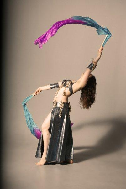 magnifique costume danse orientale eman zaki costumes de danses orientales. Black Bedroom Furniture Sets. Home Design Ideas