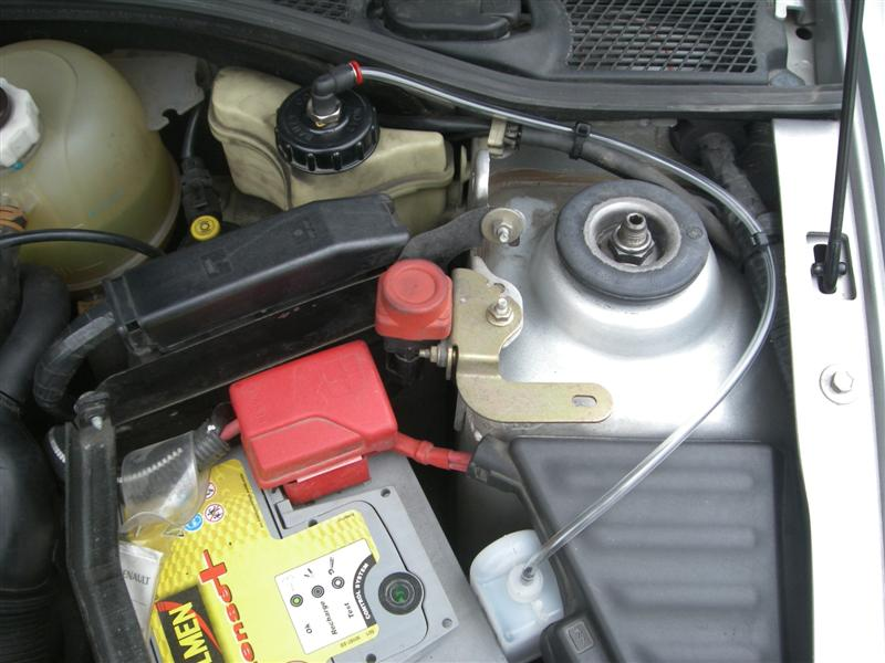 Ma clio 16s 1 8 1992 pr sentation clio clio rs renault forum marques - Casse auto robinet ...