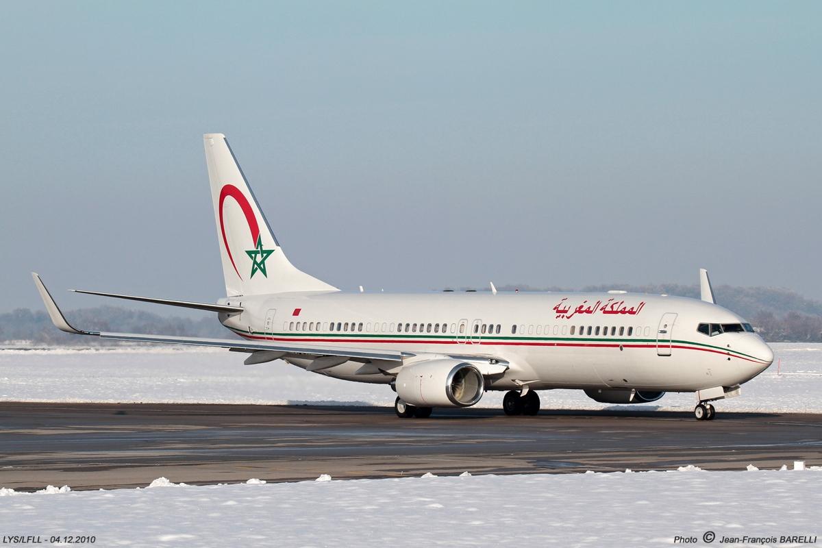طائرات النقل العاملة بالقوات المسلحة المغربية Cn.mvi---2010.12.04-020-1-2346732