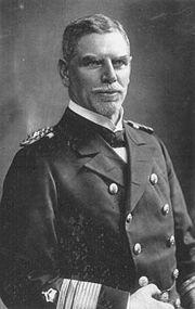 La guerre dans les colonies allemandes : Tsing Tao et l'escadre du Pacifique  Maximilian_von_sp...ncropped-12eeab8