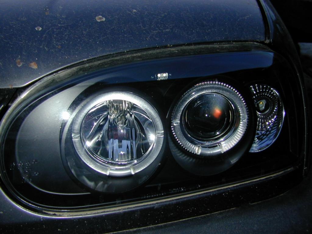 [Vds] phares angels eyes fond noir golf MK3 NEUF!!! Dscn0076-138a61a